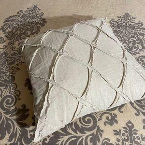 Linen decorative throw pillow 18X 18